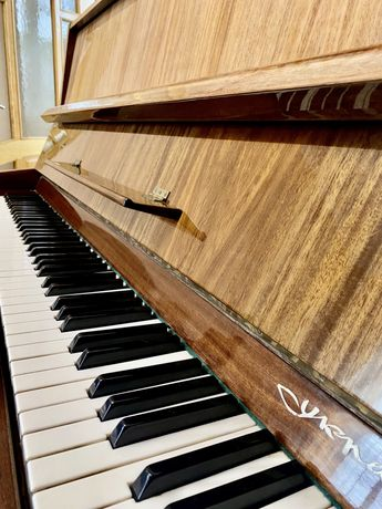 Піаніно / фортепіано «Украина»