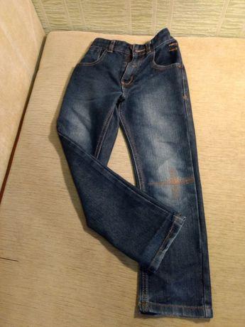Дитячий одяг на 7-8 років
