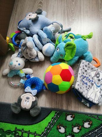 Zabawki grzechotki niemowlece