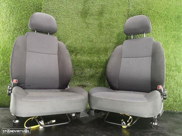 Conjunto De Bancos Chevrolet Aveo / Kalos Hatchback (T250, T255)