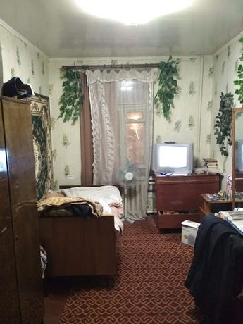 Продам комнату 12 м 2 в центре