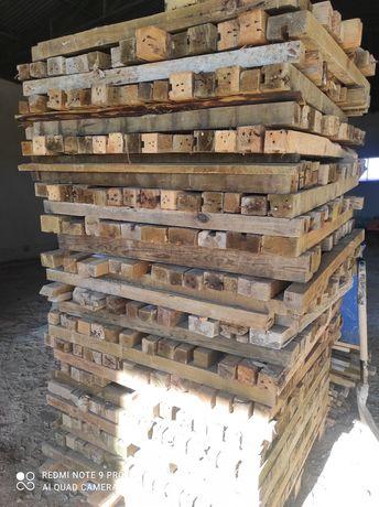 Barrotes de madeira tratado