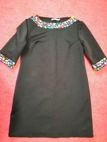 Платье чёрное с камнями