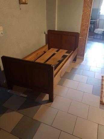 Sprzedam Stare łóżko