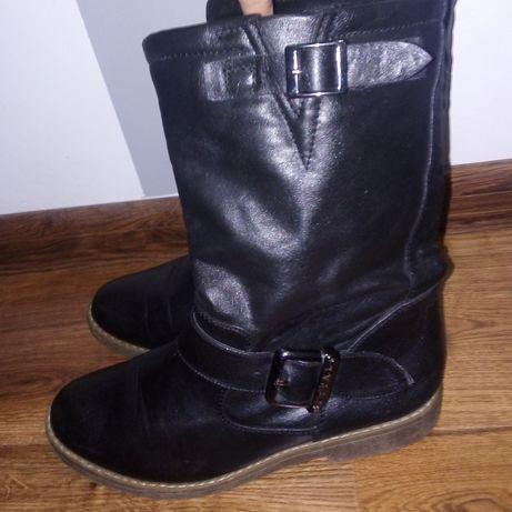 Buty damskie Botki skórzane Buffalo 37