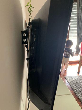 Vendo URGENTE TV KUNFT K5131H32H (LED - 32'' - 81 cm - HD)