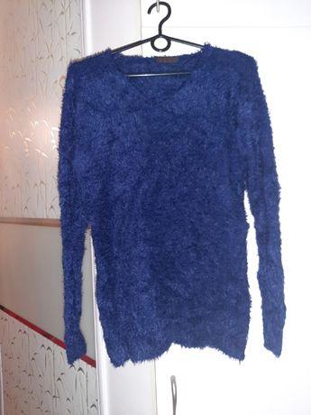 Sweter L/XL wlochaty