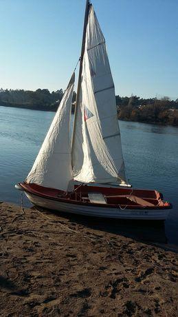 Barco de  vela ligeira