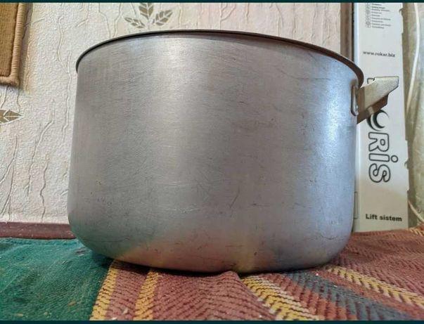 Кастрюля большая алюминиевая с крышкой 12 литров