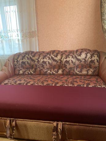 Диван і крісла