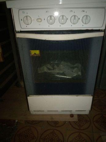 Духовка газовая, печь, без верхних конфорок, только духовой шкаф, 900р