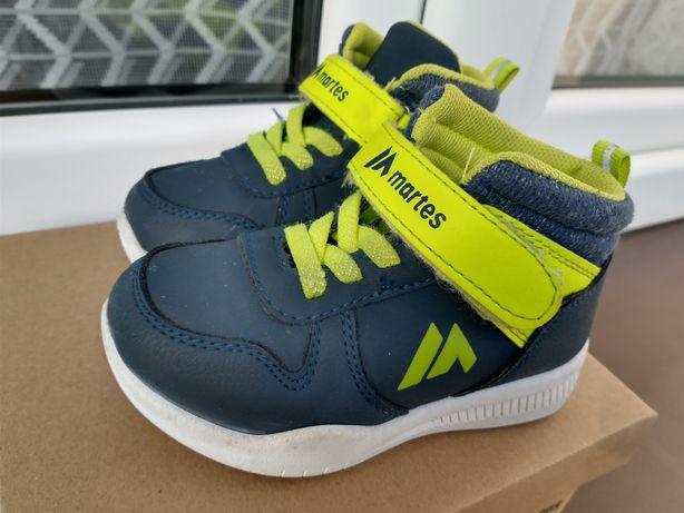 Dziecięce buty sportowe Martes rozmiar 22 - na gwarancji (z paragonem)