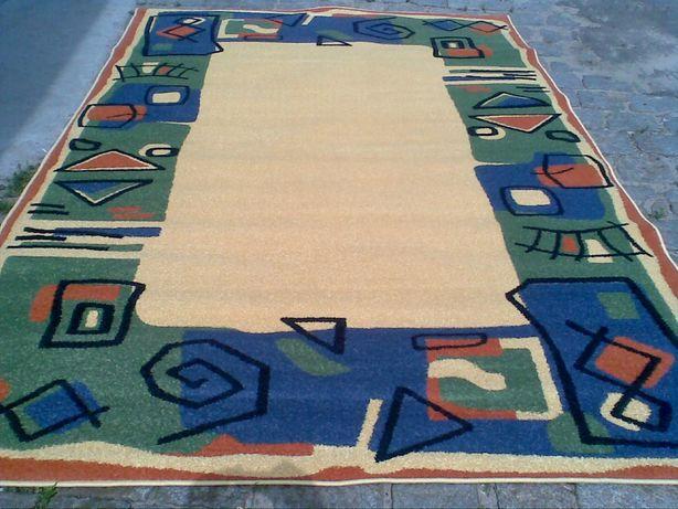 WYPRZEDAŻ. Nowy dywan fryz 190x280. Dywany za grosze!