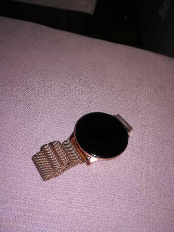 Smartwatch W8 Gold