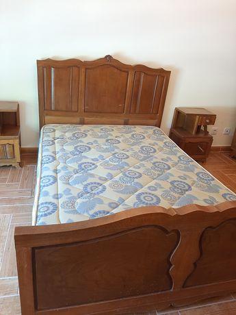 Conjunto de quarto antigo