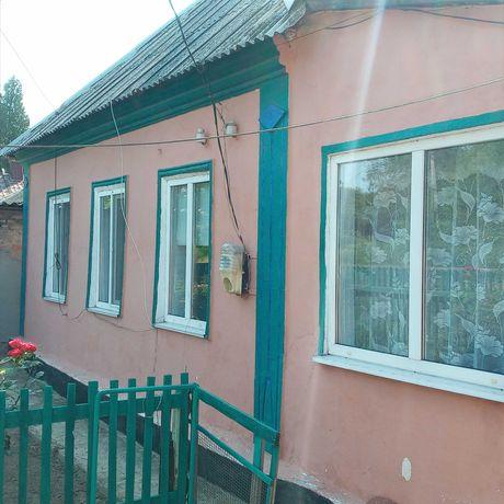 дом,пролетарский р-н,г. моспино.