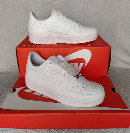 Nike Air Force Branco