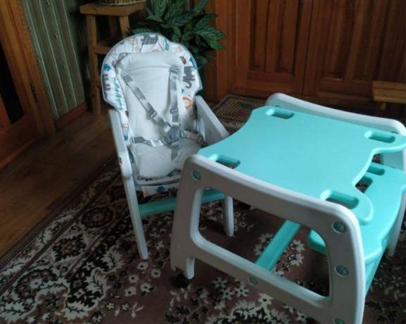 Детский стульчик бежевого цвета Новый комплект