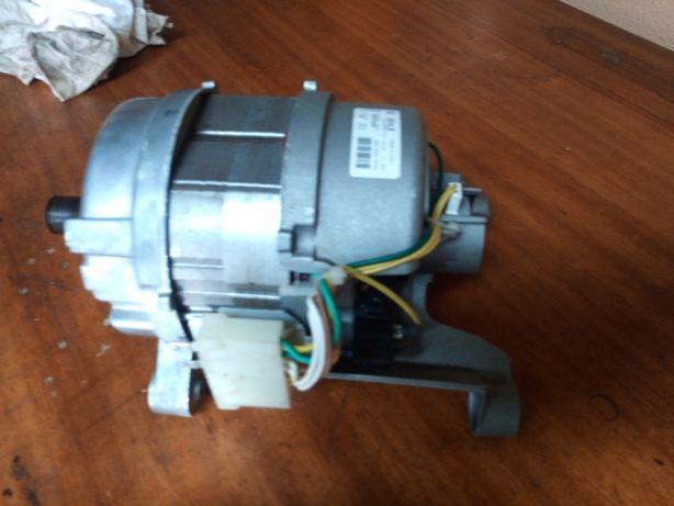 Motor Maquina lavar Sole 20584