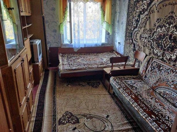 Здається кімната в гуртожитку на Замості (р-н Зорі)