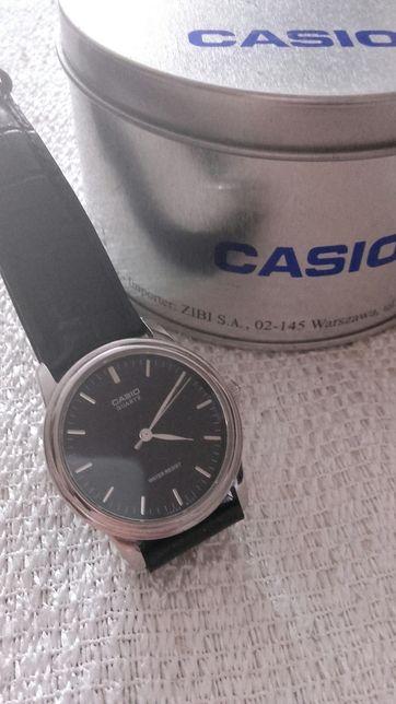 Casio Elegancki stylowy męski zegarek. Oryginalny