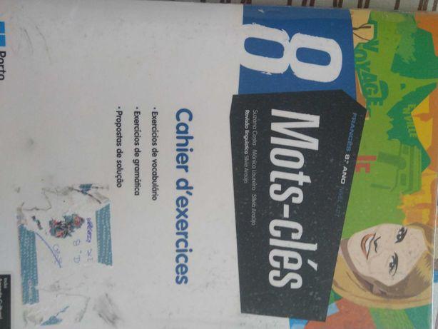 Caderno de atividadesde Francês do 8º ISBN - 9789720318145