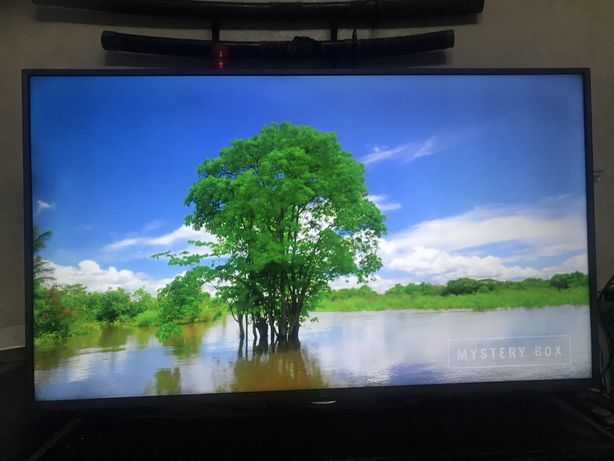 Продам Смарт телевизор KIVI 43 дюйма.