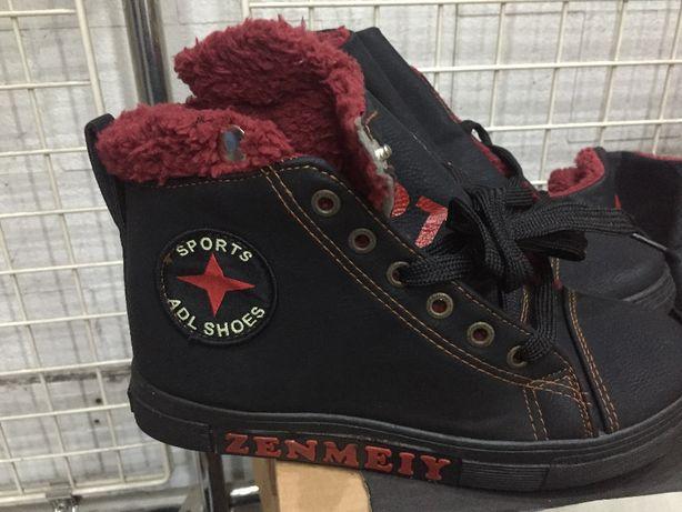Nowe buty SPORTOWE damskie, skóropodobne, ocieplane, kol.:czarny