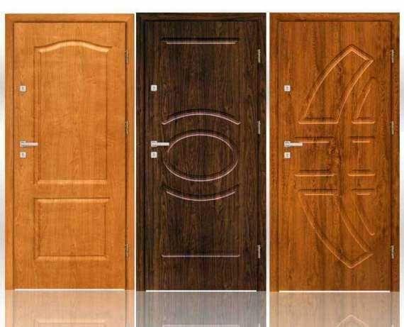 Drzwi wejściowe do mieszkania w bloku z montażem - wyciszone