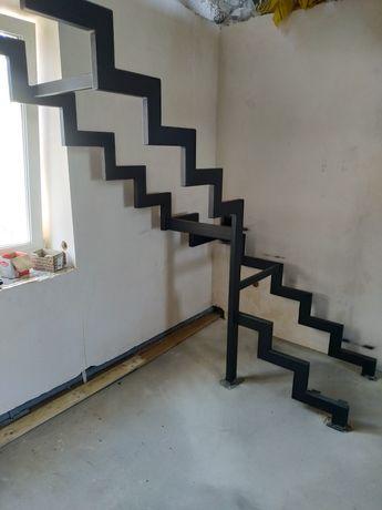 Металеві та бетоні сходи. металлические и бетоне лестницы (каркасы)