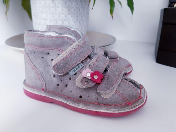 Danielki 22 buty sandałki profilaktyczno-ortopedyczne