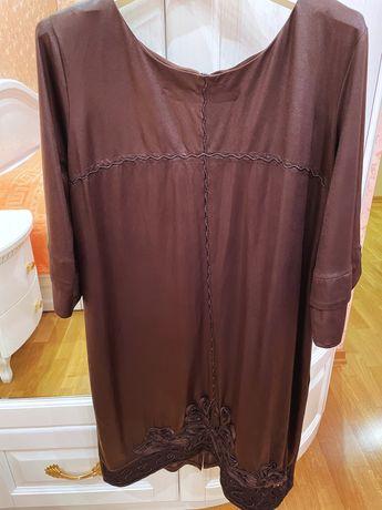 Женское платье шоколадного цвета 48-50 р