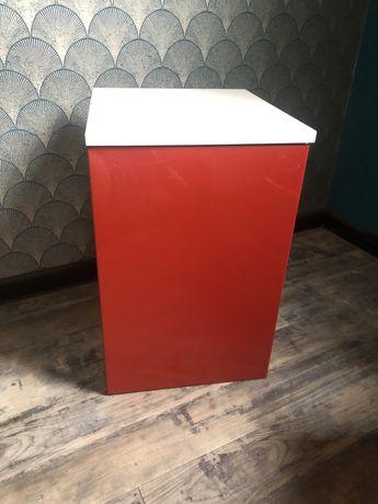 Mała szafka łazienkowa, wisząca czerwona wysoki połysk