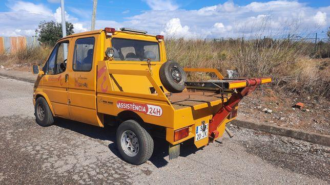 Pronto Socorro ligeiro Garfos Ford Transit
