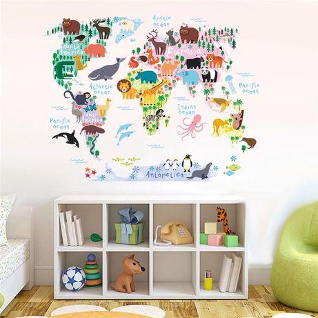 Наклейка на стену фотообои карта мира с животными для детей