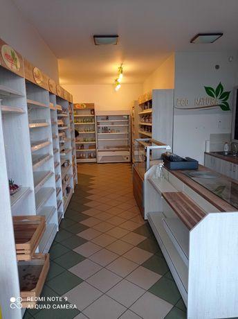 Kompletne meble i lady chłodnicze ze sklepu ekologicznego