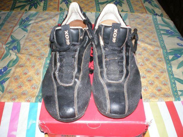 Sapatos Geox original Tamanho 40 .