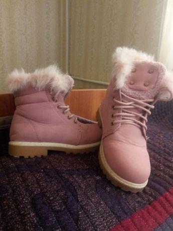 Продам зимние ботинки!
