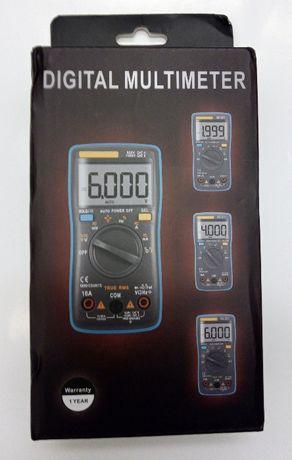 miernik multimetr RMS autozakres autorange podświetlanie termometr
