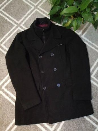 Krótki płaszcz F&F