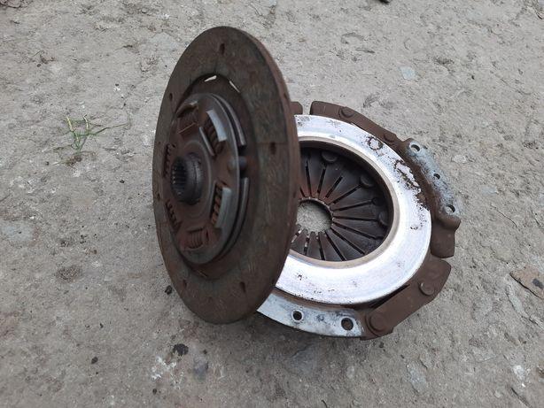 Диск і корзина щеплення сцепление 7мм ВАЗ 2101 02 2104 2105 2106 2107
