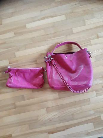 Różowa torebka z saszetką