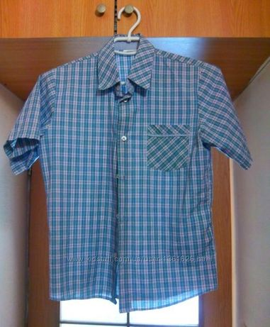 Качественная тениска рубашка с коротким рукавом 152