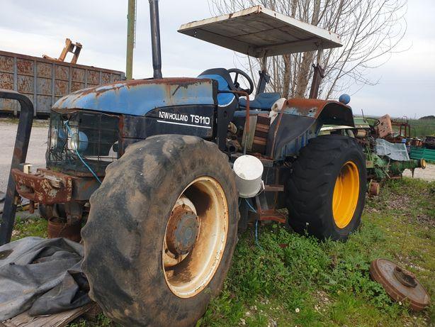 Trator New Holland TS110 para peças.