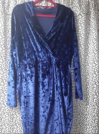 Платье нарядное бархатное