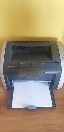 Принтер лазерный черно - белый HP LaserJet 1010