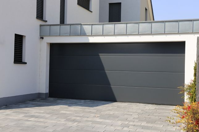 Producent Brama garażowa segmentowa Bramy garażowe przemysłowe2,97*2