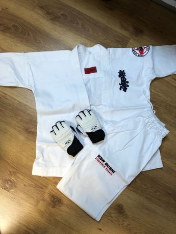 Karatega Karate Kyokushin + rękawice treningowe, 140 cm, 11 lat
