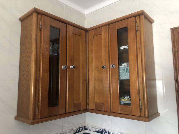 Movel e espelho casa de banho