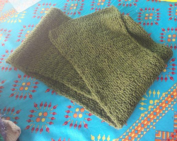 Szakik zielony nowy ręcznie wykonany na prezent ciepły